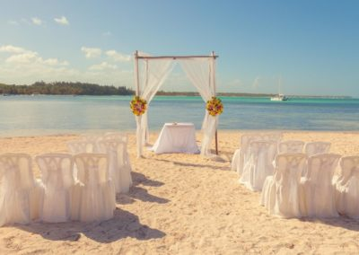 Beachgoldwedding